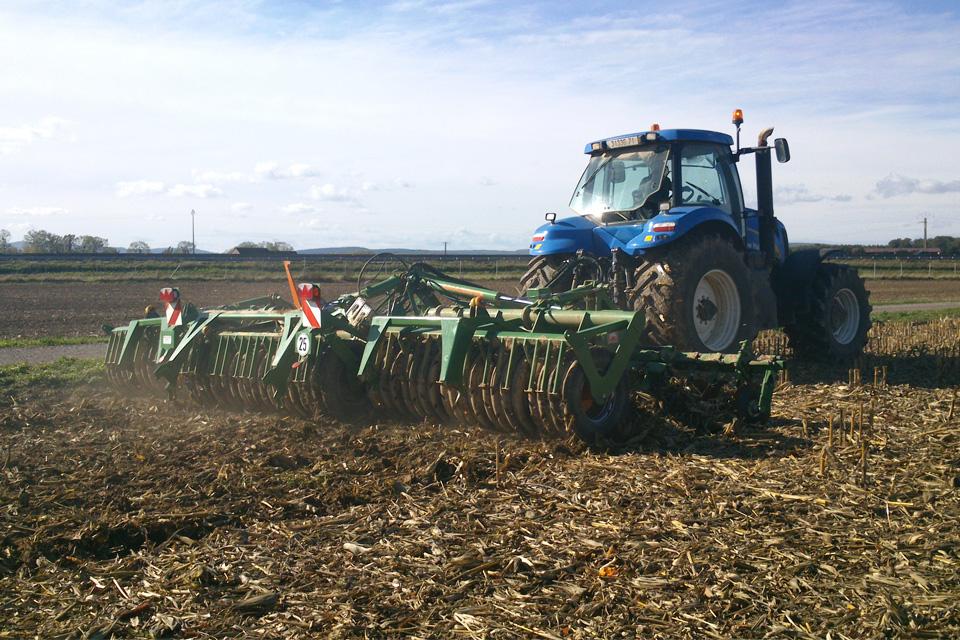 Machines agricoles à Chalon